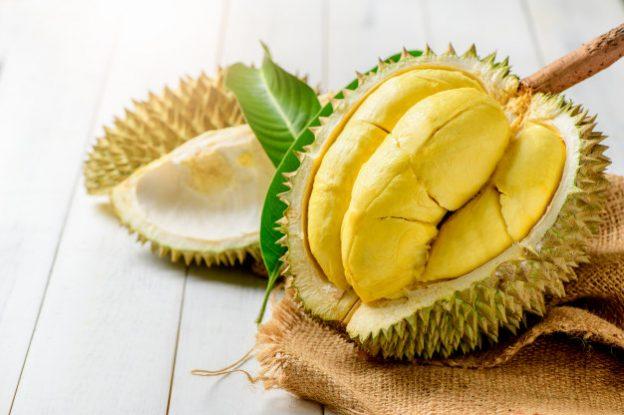 """Mengenal si """"Raja Buah"""" Durian Lebih Jauh Yuk"""